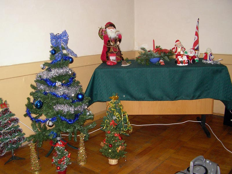 "Decorations, Brit Club, Christmas, ""Unirea"" National High School"