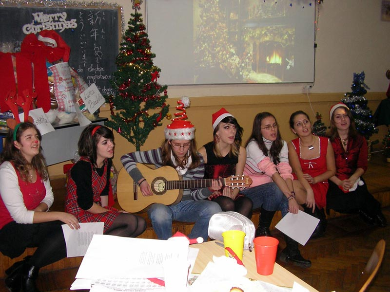 XI E students, Brit Club, Christmas